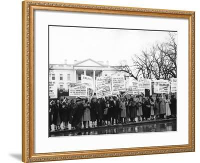 1000 Dominicans from New York City Demonstrate Loyalty to Generalissimo Rafael Trujillo--Framed Photo