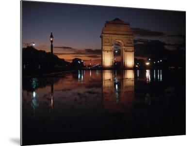Historical Gate of India at Sunset in Bombay, India--Mounted Photographic Print