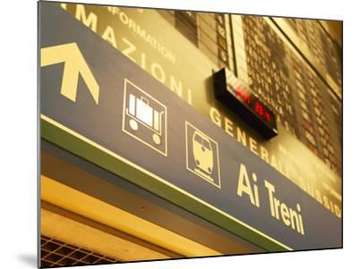 Italian Sign in Train Station Pointing to Luggage Area--Mounted Photographic Print