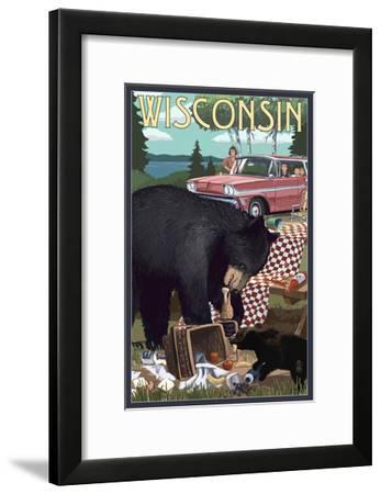 Wisconsin - Bear and Picnic Scene-Lantern Press-Framed Art Print