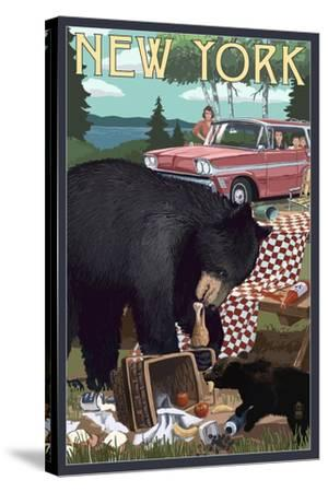 New York - Bear and Picnic Scene-Lantern Press-Stretched Canvas Print