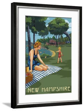 New Hampshire - Lake and Picnic Scene-Lantern Press-Framed Art Print