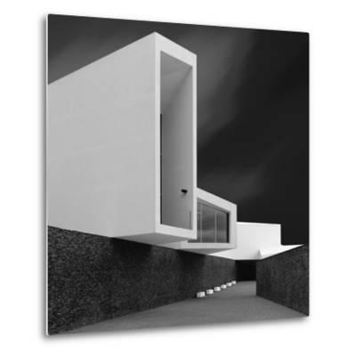 White Walls-Olavo Azevedo-Metal Print