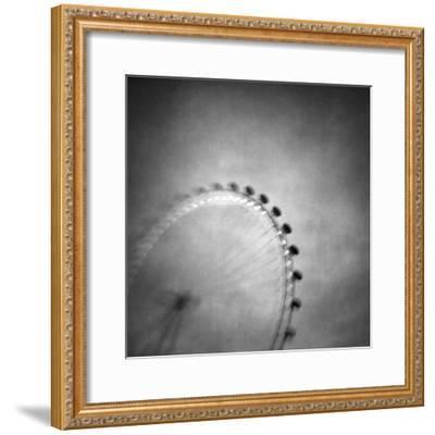 Spinning Round-Vangelis Bagiatis-Framed Photographic Print