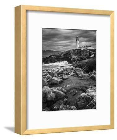 Beacon-Stevan Tontich-Framed Photographic Print