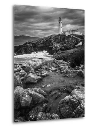 Beacon-Stevan Tontich-Metal Print