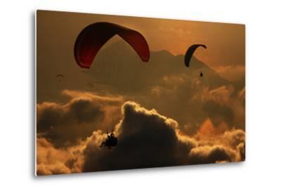 Paragliding-Yavuz Sariyildiz-Metal Print