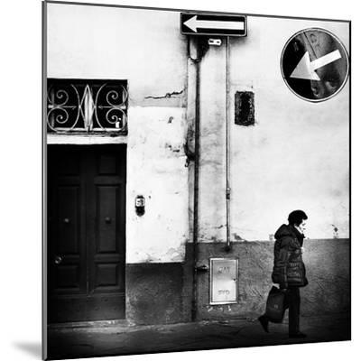 Left, Absolutely!-Franco Maffei-Mounted Photographic Print