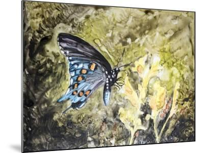 Butterfly in Nature I-B^ Lynnsy-Mounted Art Print