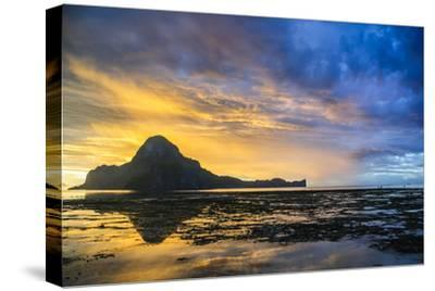 Dramatic Sunset Light over the Bay of El Nido, Bacuit Archipelago, Palawan, Philippines-Michael Runkel-Stretched Canvas Print