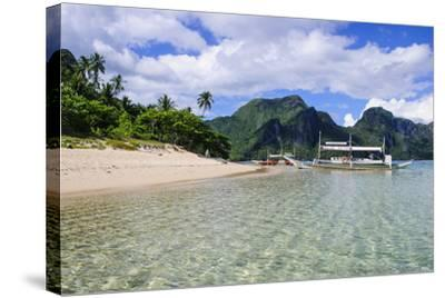 Long Sandy Beach in the Bacuit Archipelago, Palawan, Philippines-Michael Runkel-Stretched Canvas Print