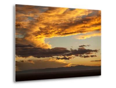 USA, Colorado, San Juan Mountains. Sunset across the San Luis Valley-Ann Collins-Metal Print