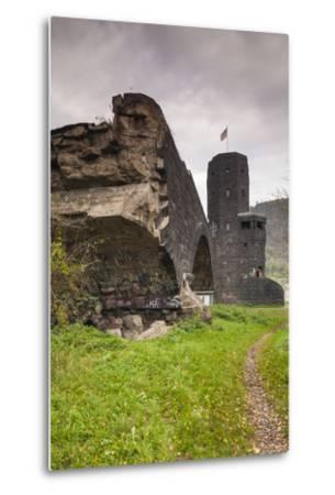Germany, Rhineland-Pfalz, Remagen, Ruins of the Bridge at Remagen-Walter Bibikow-Metal Print