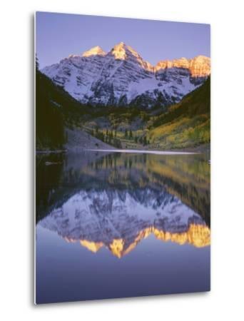 USA, Colorado, White River National Forest, Maroon Bells Snowmass Wilderness-John Barger-Metal Print