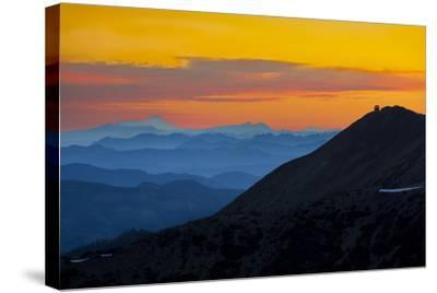 Washington, Sunrise, Mt. Fremont Lookout and the Cascade Range from Second Burroughs-Gary Luhm-Stretched Canvas Print