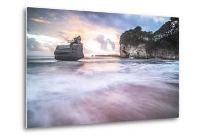 Cathedral Cove at Sunrise, Coromandel Peninsula, North Island, New Zealand, Pacific-Matthew Williams-Ellis-Metal Print