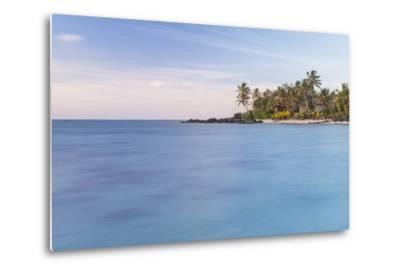 Muri Lagoon Sunrise, Rarotonga, Cook Islands, South Pacific, Pacific-Matthew Williams-Ellis-Metal Print