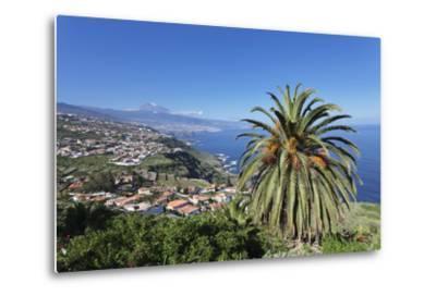 Orotava Valley to the North Coast and Puerto De La Cruz Und Den Teide, Canary Islands, Spain-Markus Lange-Metal Print