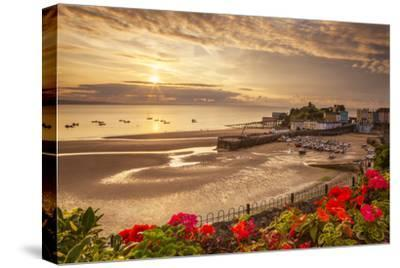 Tenby, Pembrokeshire, Wales, United Kingdom, Europe-Billy Stock-Stretched Canvas Print