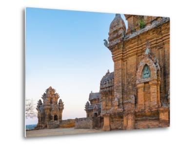 Po Klong Garai Temple, 13th Century Cham Towers, Phan Rang-Thap Cham, Ninh Thuan Province, Vietnam-Jason Langley-Metal Print