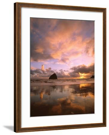 Pacific City V-Ike Leahy-Framed Photographic Print