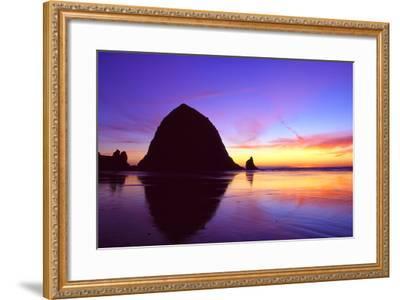 Cannon Beach I-Ike Leahy-Framed Photographic Print