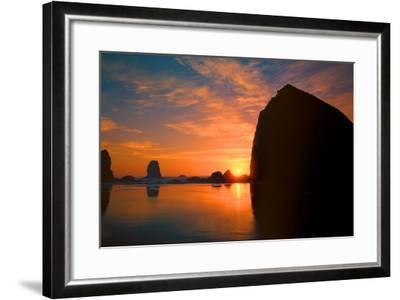 Cannon Beach III-Ike Leahy-Framed Photographic Print