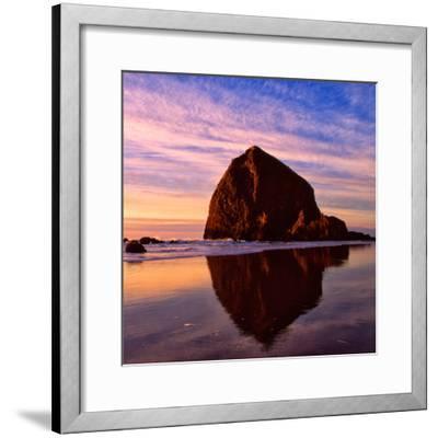 Cannon Beach IX-Ike Leahy-Framed Photographic Print