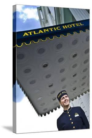 Germany, Hamburg, St. Georg, Atlantic Hotel on the Inner Alster, Employees, Outside-Ingo Boelter-Stretched Canvas Print