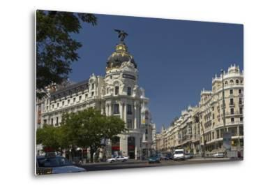 Spain, Madrid, Grain Via, Metropolis-Haus, Street-Scene-Chris Seba-Metal Print