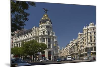 Spain, Madrid, Grain Via, Metropolis-Haus, Street-Scene-Chris Seba-Mounted Photographic Print