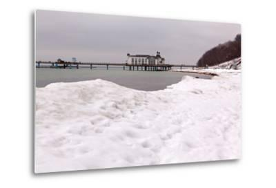 The Baltic Sea, RŸgen, Sellin Pier, Snow-Catharina Lux-Metal Print