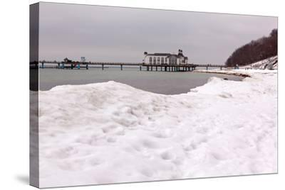 The Baltic Sea, RŸgen, Sellin Pier, Snow-Catharina Lux-Stretched Canvas Print