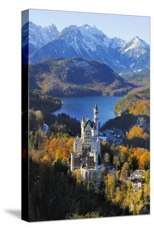 Germany, Bavaria, Allg?u, Neuschwanstein Castle-Herbert Kehrer-Stretched Canvas Print