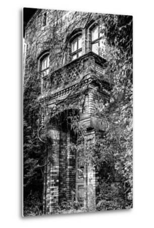 Building, Exit, Outside View-Jule Leibnitz-Metal Print
