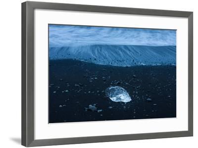 Jškulsarlon, Iceberg Remains on the Atlantic Beach-Catharina Lux-Framed Photographic Print