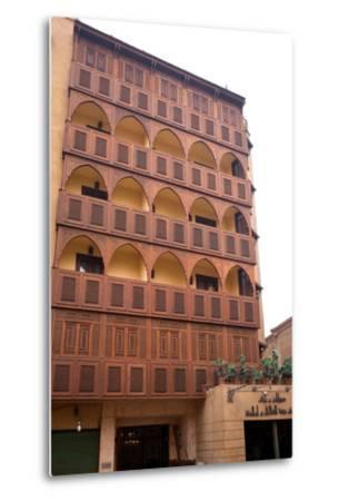 Egypt, Cairo, Islamic Old Town, Hotel Riad, Wooden Facade-Catharina Lux-Metal Print