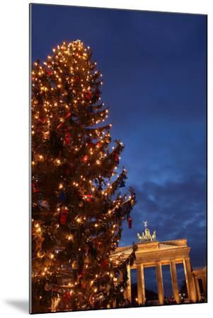 Germany, Berlin, the Brandenburg Gate, Night, Christmas Tree-Catharina Lux-Mounted Photographic Print