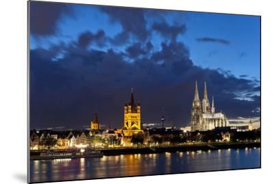 Germany, North Rhine-Westphalia, Cologne, Bank of River Rhine, Cathedral-Chris Seba-Mounted Photographic Print