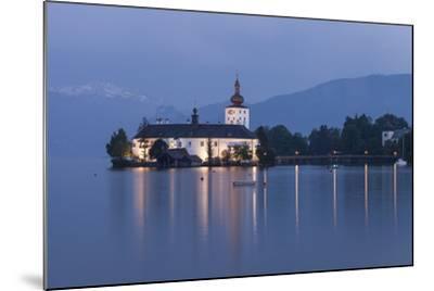 Schloss Orth, Traunsee, Gmunden, Salzkammergut, Upper Austria, Austria-Gerhard Wild-Mounted Photographic Print