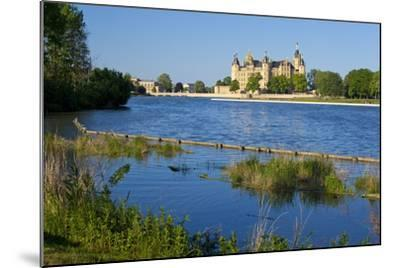 Germany, Western Pomerania, Schwerin Palace-Chris Seba-Mounted Photographic Print