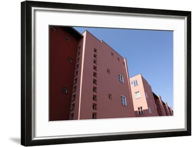 Berlin, UNESCO World Cultural Heritage, Hufeisensiedlung, Rote Front-Catharina Lux-Framed Photographic Print