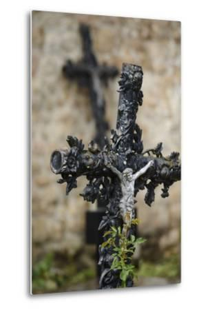 France, Basse-Normandy, Manche, Cemetery of the Abbey Mont-Saint-Michel, Crucifix-Andreas Keil-Metal Print