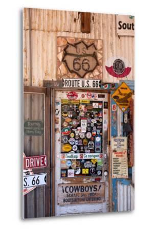 USA, Arizona, Route 66, Hackberry, Shop-Catharina Lux-Metal Print