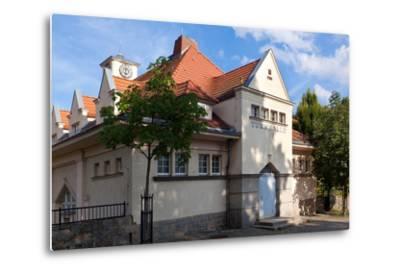 Germany, Saxony, G?rlitz, Jugendstil Gymnasium-Catharina Lux-Metal Print