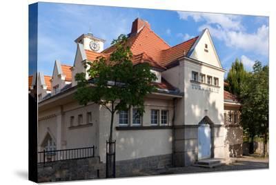 Germany, Saxony, G?rlitz, Jugendstil Gymnasium-Catharina Lux-Stretched Canvas Print