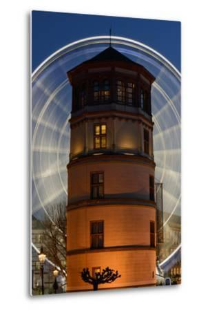 Germany, North Rhine-Westphalia, Dusseldorf, Navigation Museum and Big Wheel at Night-Andreas Keil-Metal Print