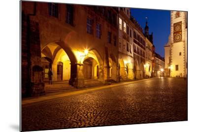 Germany, Saxony, G?rlitz, Untermarkt, Arcade Houses-Catharina Lux-Mounted Photographic Print