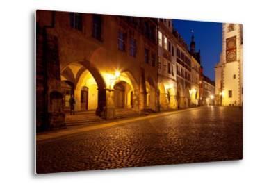 Germany, Saxony, G?rlitz, Untermarkt, Arcade Houses-Catharina Lux-Metal Print