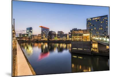 D?sseldorf, North Rhine-Westphalia, Germany, Media Harbour Office Building at Dusk-Bernd Wittelsbach-Mounted Photographic Print